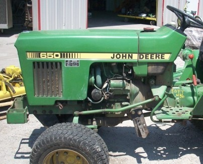 JOHN DEERE 650 750 TRACTOR Service Repair Manual SERVICE REPAIR MANUAL