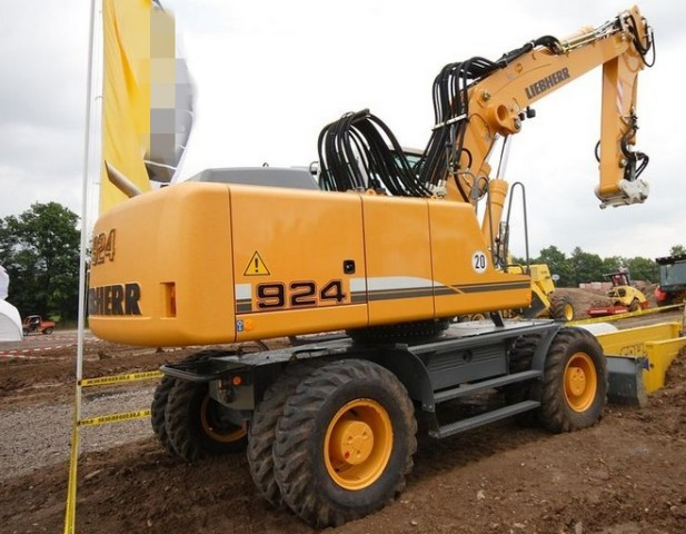 Liebherr A900c A904c A914c A924c Litronic Edc Hydraulic Excavator Service Repair Manual
